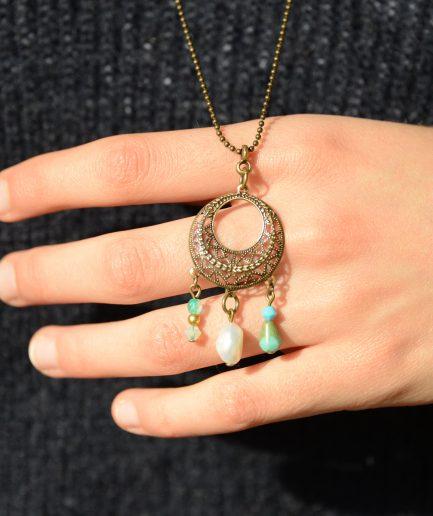 Bijoux-sautoir-idee-cadeau-femme