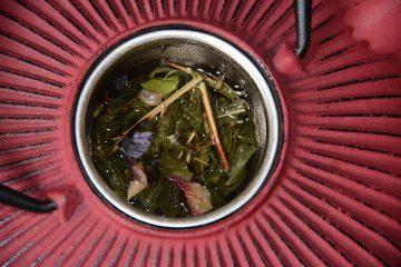 thé à la violette-Thé Vert Chut… C'est un secret : Litchi Violette Lavande