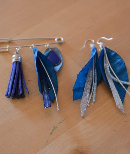 Duo-epingle-boucle-oreille-bleu-idee-cadeau-bijoux-mere-fille