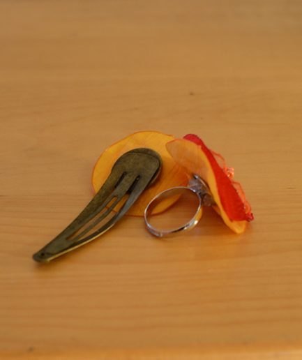 Duo-barette-bague-rouge-orange-idee-cadeau-bijoux-mere-fille